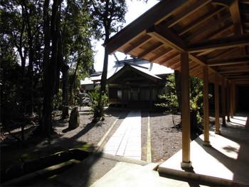 12宮崎市 宮崎神宮 儀式殿3.JPG