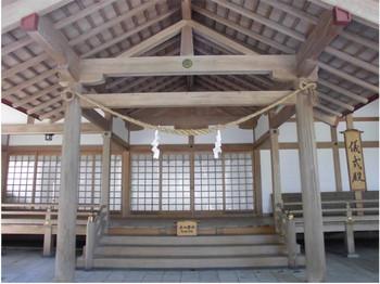 13宮崎市 宮崎神宮 儀式殿1.JPG