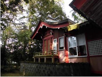 14三股町  御年神社 ご本殿2.JPG