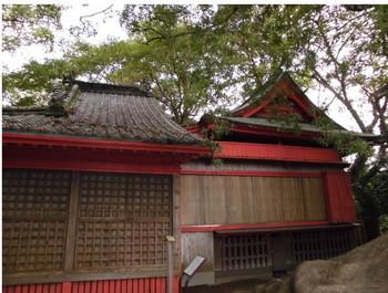 15国富町 本庄稲荷神社 ご本殿.JPG