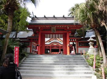 17宮崎市 青島神社 ご神門.JPG