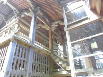 えびの市 白鳥神社 ご本殿2.JPG