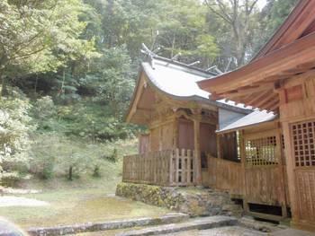 五ヶ瀬町11 古戸野神社 ご本殿.jpg