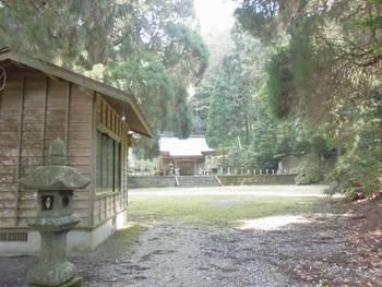 五ヶ瀬町5 古戸野神社 ご社殿.jpg