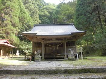 五ヶ瀬町8 古戸野神社 ご社殿4.jpg