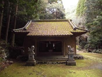 北川町 河愛神社 ご社殿2.JPG