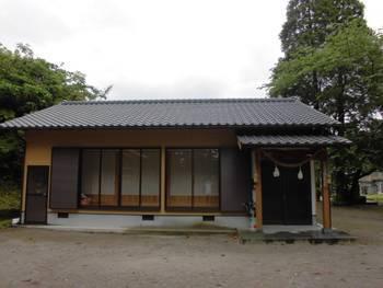 南郷町5 潟上神社(かたがみじんじゃ)社務所.jpg