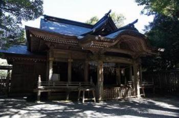 天岩戸神社 西本宮 神楽殿 1.PNG