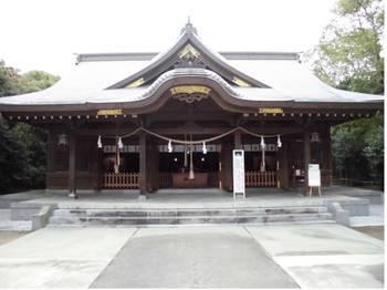 宮崎市12 一ッ葉稲荷神社 正面ご社殿3.jpg