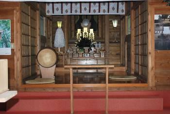 宮崎市9 加護神社 ご拝殿2.jpg