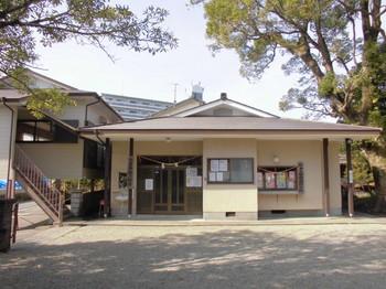 宮崎市 大塚八幡神社  社務所.JPG