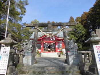 宮崎市 大塚八幡神社 正面鳥居2.JPG