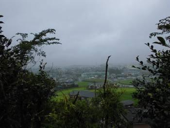 小林市12 稲荷神社(いなりじんじゃ)からの眺め.jpg