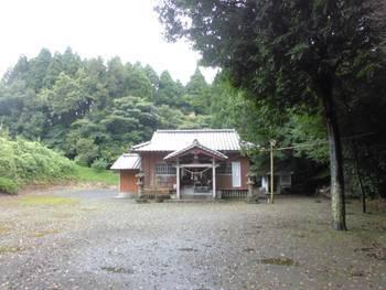 小林市4 岩戸神社 正面ご社殿2.jpg