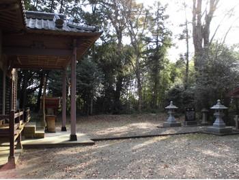 山之口  的野正八幡宮 境内風景.JPG