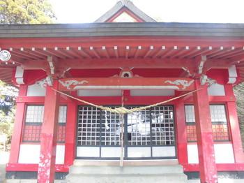 山之口町 南方神社 ご拝殿前.JPG