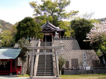 島野浦神社.jpg