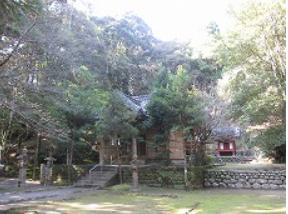 巨田神社 御拝殿.PNG