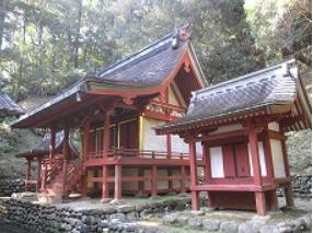 巨田神社 御社殿.PNG