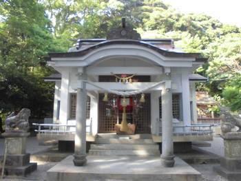 延岡市11 土々呂 霧島神社 正面ご社殿3.jpg