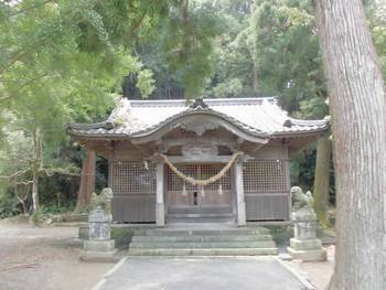 延岡市3 三須神社 正面ご社殿2.jpg