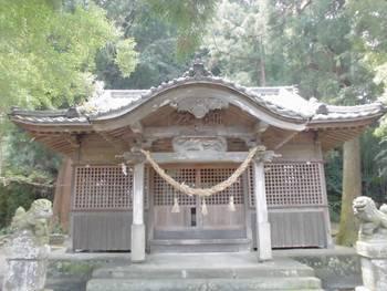 延岡市4 三須神社 正面ご社殿3.jpg