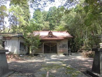 新富町7 新田神社 ご社殿2.jpg