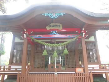新富町8 水沼神社 正面ご社殿3.jpg
