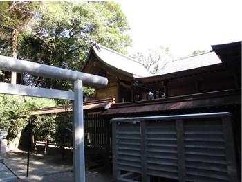 日南市 15駒宮神社 ご本殿2.JPG