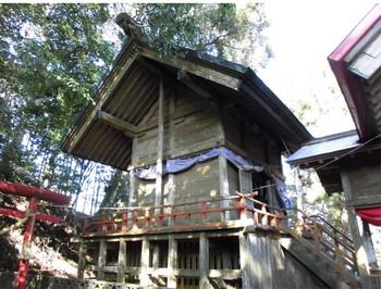 日南市 吾田神社 ご本殿2.JPG