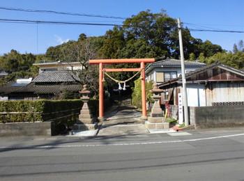 日南市 吾田神社 正面鳥居.JPG