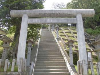 日向市1 鉾島神社 正面入り口鳥居.jpg