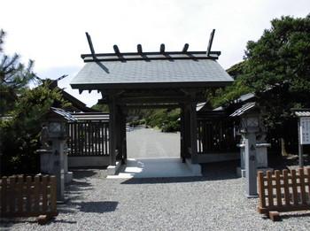 日向市 4大御神社 神門.JPG