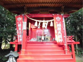 日向市 八幡・智古神社 境内稲荷神社拝殿2.JPG