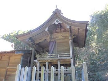 日向市平岩 愛宕神社 ご本殿2.JPG
