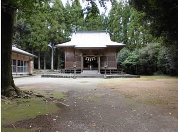 東郷町6   坪谷神社 ご社殿2.jpg