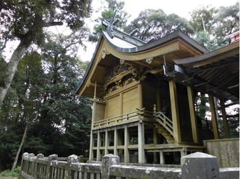 東郷町 山陰神社 ご本殿3.JPG