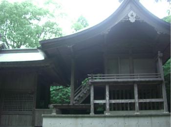 江田神社本殿横.JPG