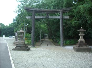 江田神社鳥居1.JPG