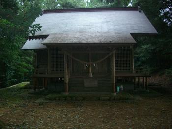 湯の宮神社 ご社殿2.JPG