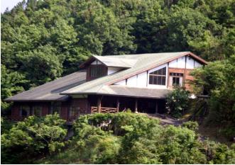 綾町     照葉樹林文化館.PNG