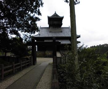 綾町   綾城入口付近2.JPG
