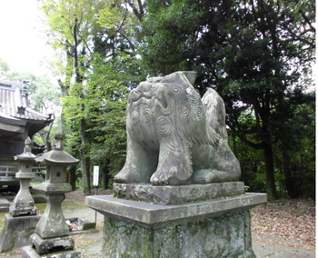 綾町   綾神社 狛犬.JPG
