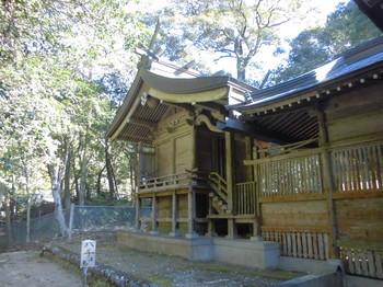 西米良村 村所八幡神社 ご本殿.JPG