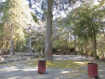 西米良村 村所八幡神社 境内風景.JPG