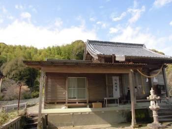 西都市12 鹿野田神社 ご社殿全景.jpg