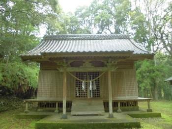 西都市7 芳野神社(よしのじんじゃ)正面社殿3.jpg