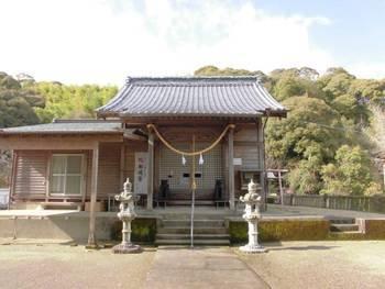 西都市8 鹿野田神社 正面ご社殿.jpg
