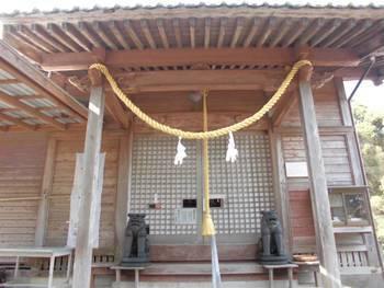 西都市9 鹿野田神社 ご拝殿.jpg