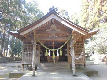 西都市 三宅神社 ご社殿3.JPG